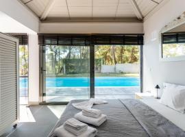 Villa Azzurro with sea view and private pool