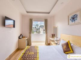 Golden Bee Hotel