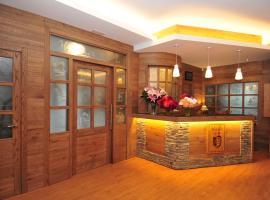 Hotel Lacreu
