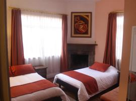 Hostal Casa Blanca, hotel in Quito