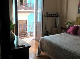 ★ Elegant Crystal Apt at Casa of Essence located in ♥ of Old San Juan ★
