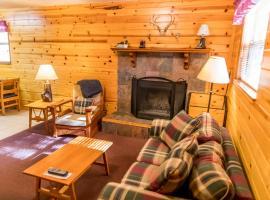 Ruidoso Lodge Cabins # 8