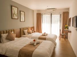 Gardenia Hue Hotel, hotel near Ngu Phung, Hue