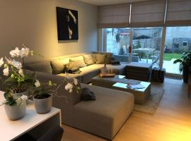 Home Bruges Cosy Comfort Modern Couple Privacy walking distance City center Kitchen Terrace Garden
