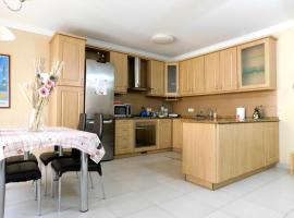 Top Position Elegant Apartment near Bugibba Square