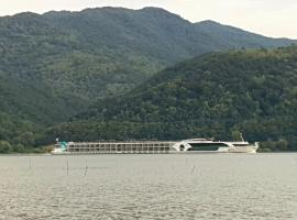 Clisura Dunarii-Danube Village Resort