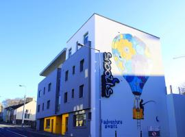 Snoozles Tourist Hostel, ostello a Galway