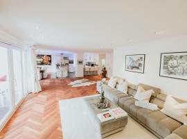 Luxury Apartment & Penthouse Villa