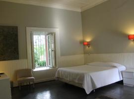 Hotel Plaza Malloa