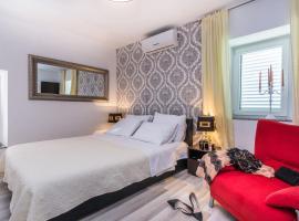 Apartments Marina, hotel near Zadar Land City Gate, Zadar