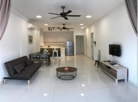 Arte S 3A-15-3 Comfortable Home With Mountain View Max 8paxs, hotel with jacuzzis in George Town