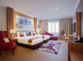 Ramada Suites By Wyndham Solo