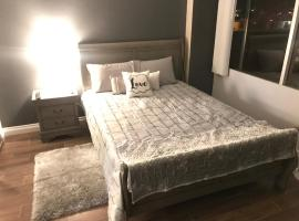 Amazing Spare Bedroom in Shared 2/B Condo behind Convention Center