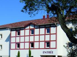 The Originals City, Hôtel Les Bruyères, Dax Nord (Inter-Hotel), hotel in Castets