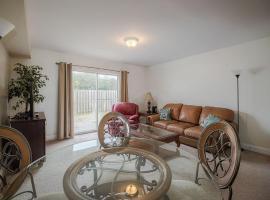 Oak Shores 172 - Two Bedroom Apartment