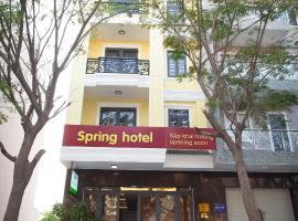 SPRING HOTEL, hotel in Thu Dau Mot
