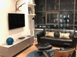Stylish MerchantCity Apartment, Fantastic Location