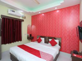 OYO 27734 Hotel Savasi