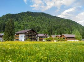 Alphotel Ettal, pet-friendly hotel in Ettal