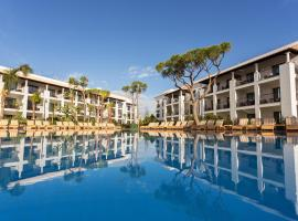 Pine Cliffs Gardens, hotel near The Old Course Golf Club, Albufeira