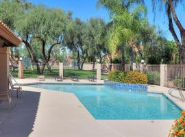 Spacious 3BR home   Great back yard by WanderJaunt