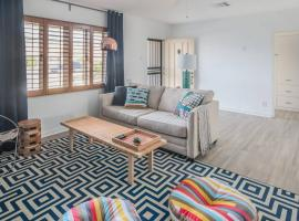 3BR Home in Phoenix with Pool by WanderJaunt