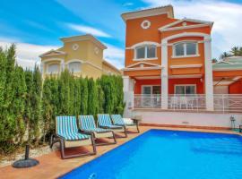 Canuta Mar 16 - private pool villa