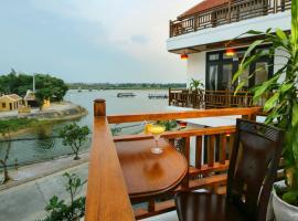 Threeway Riverside Villa