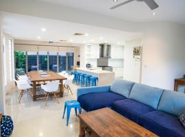 Alexandra Headland Luxury Townhouse