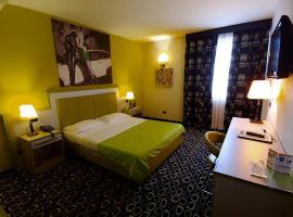 La Dolce Vita Hotel Motel