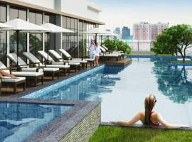 LUXURY CONDO TRAVELERS CHOICE @CENTRAL HCMC