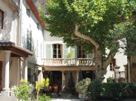 Le Manoir, hotel near The wine University, Mornas