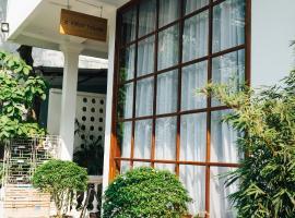 a-mâze house, hotel near Ngu Phung, Hue