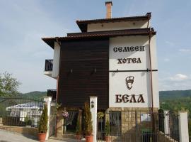Family Hotel Bela