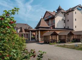 Sribnyi Vodogray, готель у Поляні
