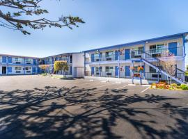 SureStay Hotel by Best Western Seaside Monterey