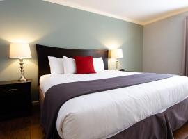 The Dahlonega Square Hotel & Villas