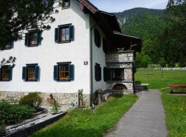 Apartment Brigitte, hotel in Obertraun