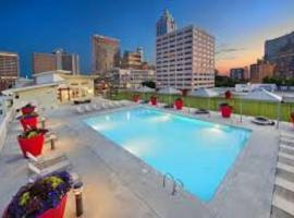 Luxury Highrise Loft Downtown ATL