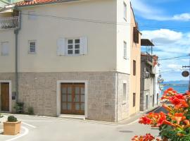House Karmina, hotel in Vodice