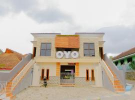OYO 605 Queen Residence