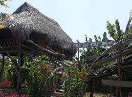 Sunny Field Eco Stilt House, lodge in Cat Tien
