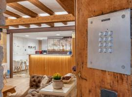 Hostal 977, hotel in Tarragona