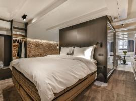 Luxury Canal Suite De Heren