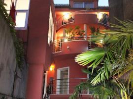 Villa Kampanel, hotel in Trogir