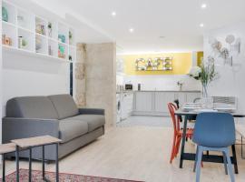 Loft Design for 8 people in Heart of Paris