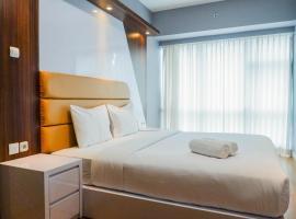 Luxury 2BR Apartment at Supermall Mansion La Riz By Travelio