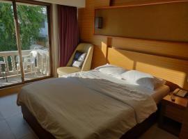 Honey Lodge Hotel