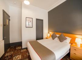 OYO Blarney Stone Hotel