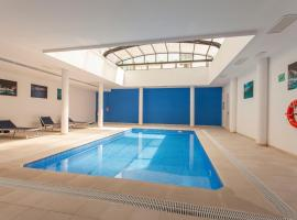 ApartUP Patacona Select, hotel with pools in Valencia